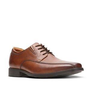 Clarks Shoes - Tilden Walk dress shoes, dark tan leather